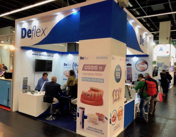 Equipo Deflex en IDS 2019, Alemania.